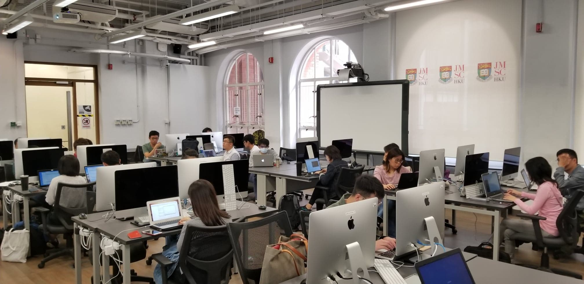 Methodology Workshop Series: Big Data Analytics Module 1 Python